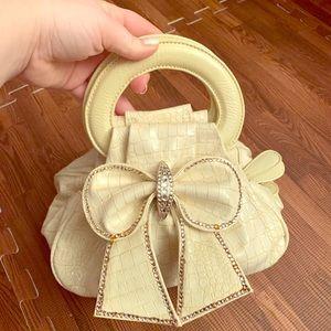 Handbags - Off White Bow Evening Bag